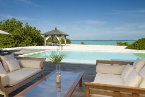 52306255-H1-COMO_Villa_Pool_Deck_2