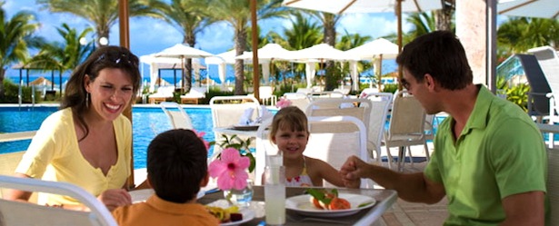 Picture of family enjoying lunch on the patio in Turks and Caicos