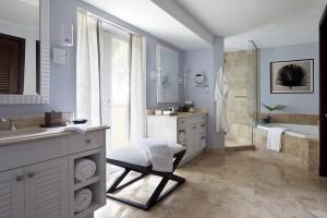 Villa Master bathroom